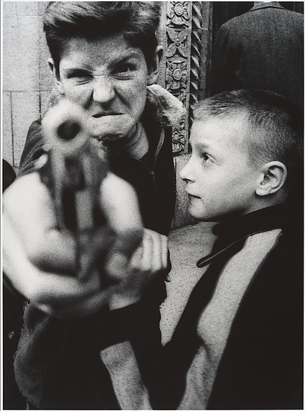 Klein - kid with gun - 1954